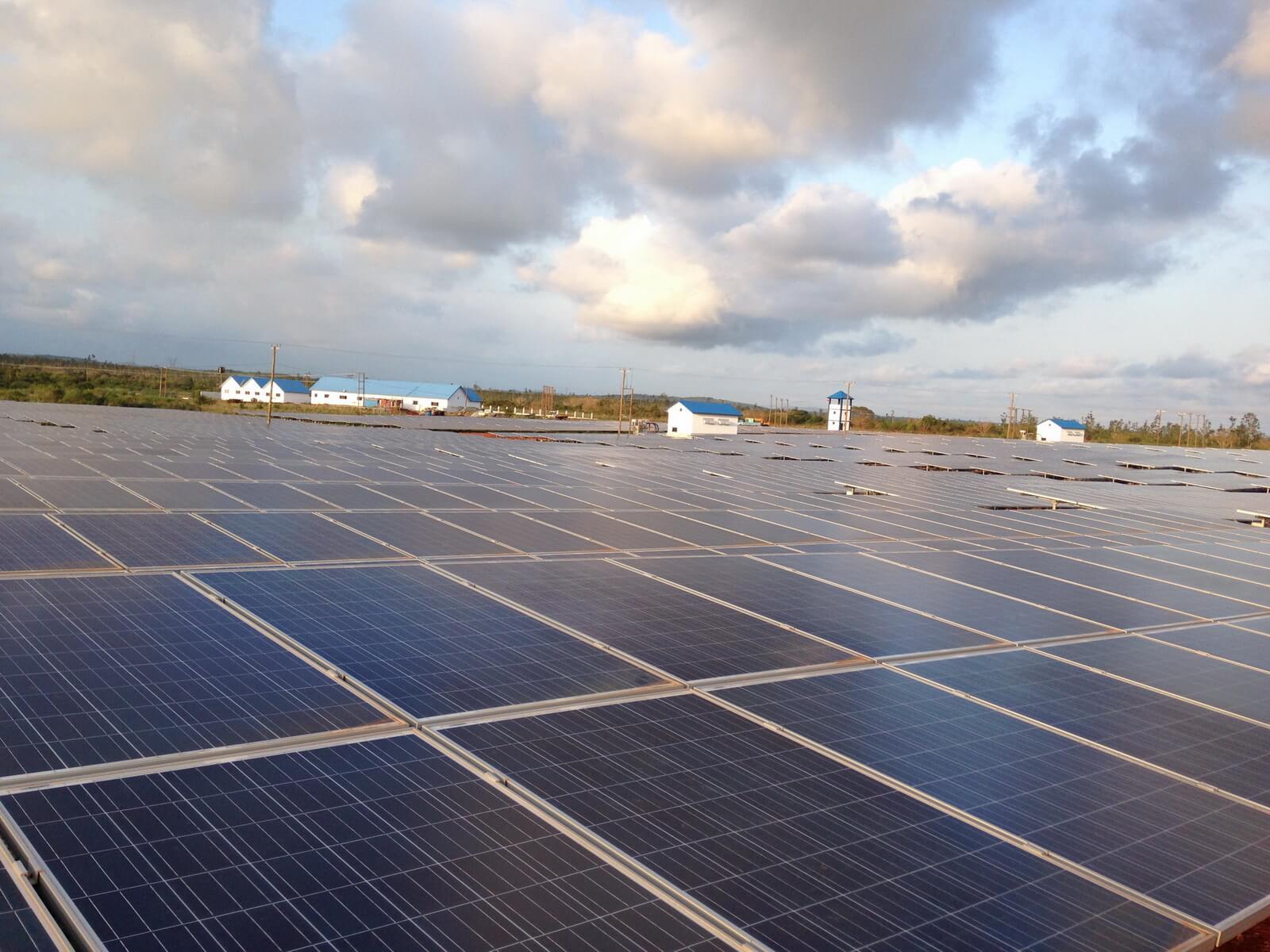 加納阿克拉地面太陽能電站項目