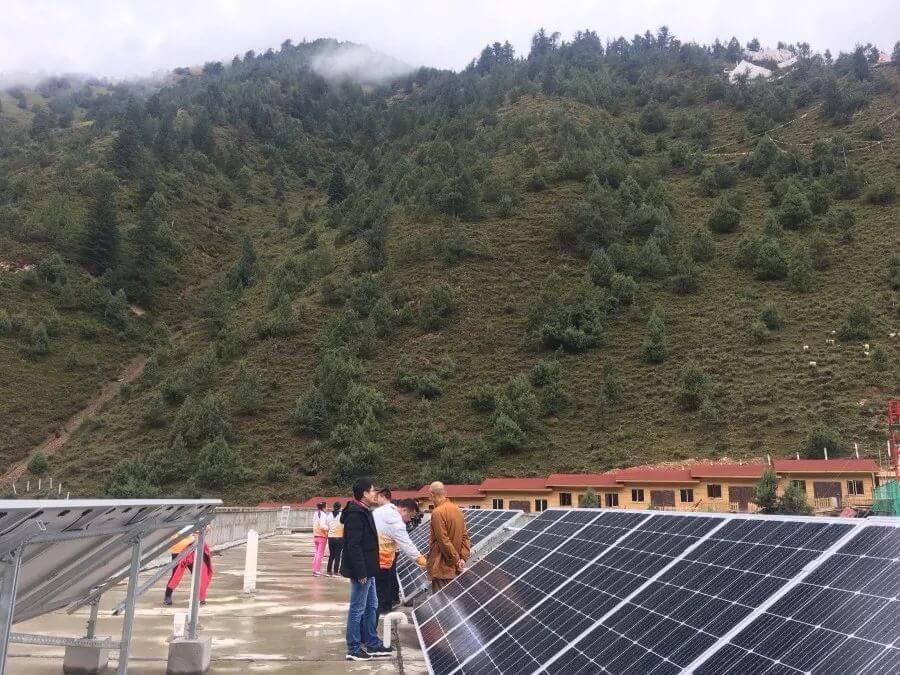 四川甘孜陽光校園上羅中學太陽能電站公益項目