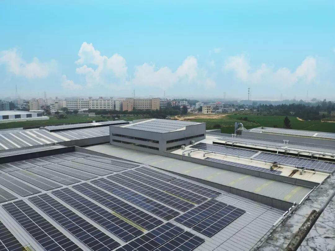 晉江港益工商業屋頂的太陽能並網發電項目